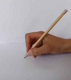 Ecriture enfant : prise tripode